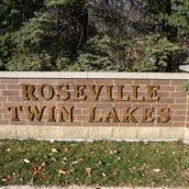 Twin Lakes Sign